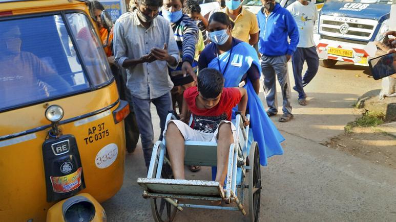 Hindistan'da yine gizemli hastalık…