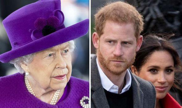 """İNGİLTERE: Buckingham Sarayı'nın """"ırkçılığı"""" tartışılıyor…"""
